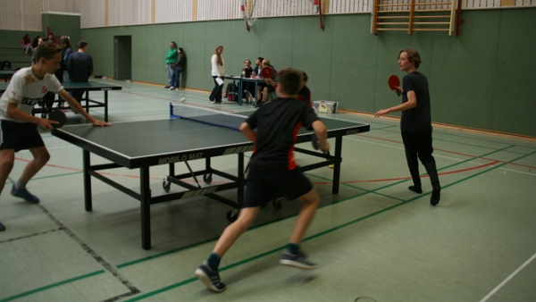 Tischtennis_01.jpg - 177.43 kB