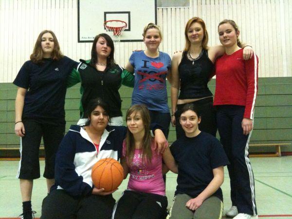 09_12_21_basketball_team_9f_a.jpg - 60,06 kB