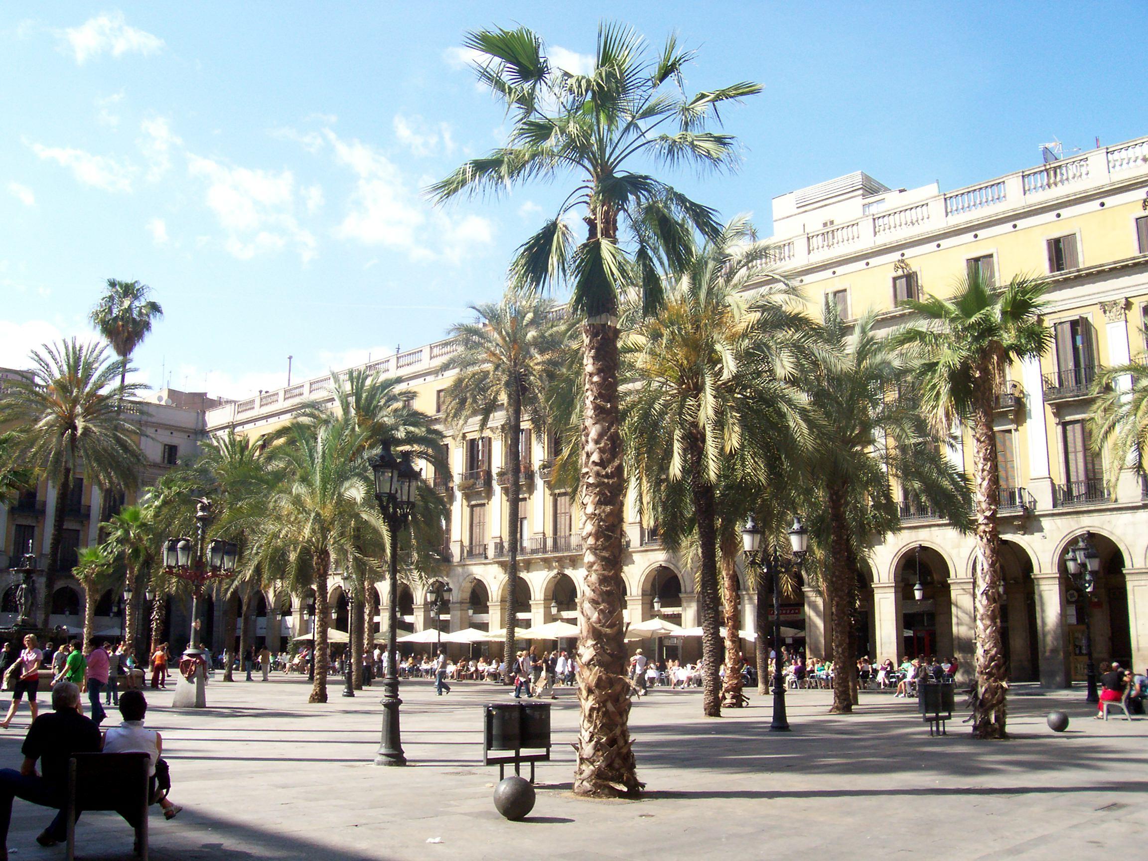 barcelona_platz.jpg - 725,52 kB