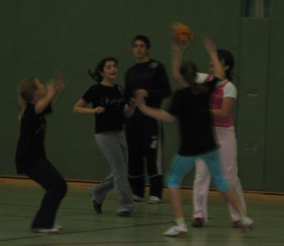 handball_mdchen_01.jpg - 11,21 kB