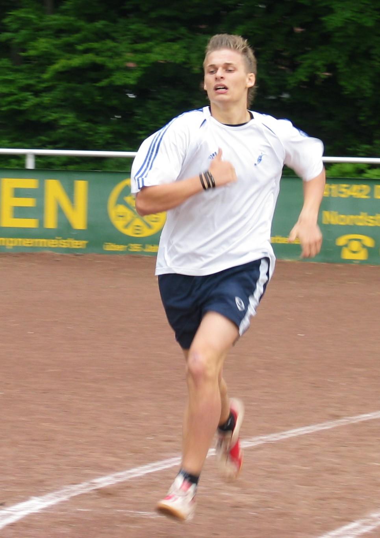 sportfest_08_mittelstrecke_02.jpg - 204,23 kB